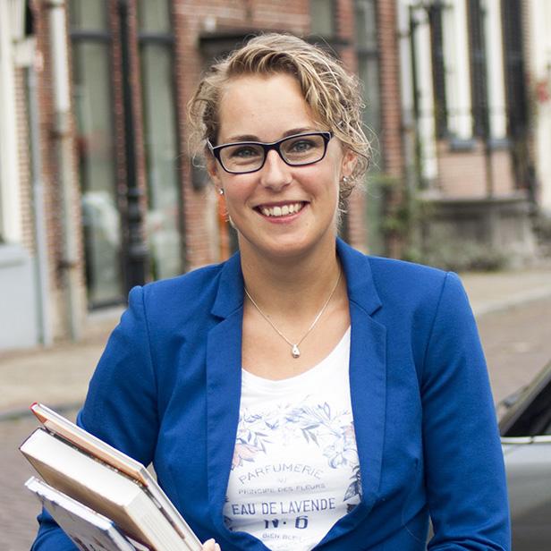 Mirella Zwanenburg